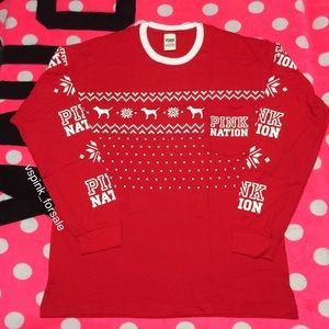 VS PINK Holiday Long Sleeve Campus Tee